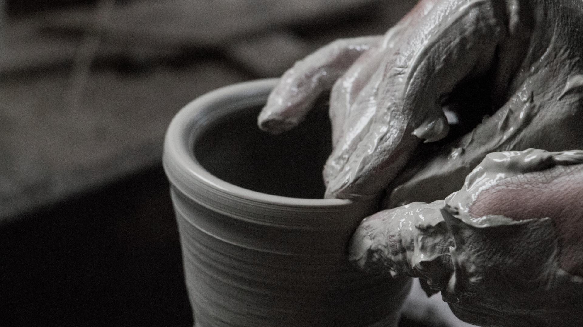 陶磁器の卸問屋|有限会社 陶秀 全国の高品質の和食器を厳選